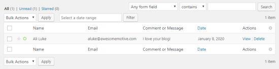 Ad, e-posta, yorum veya mesaj için girilen form verilerini gösteren tablo